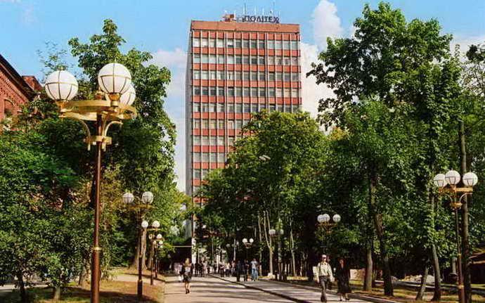 Учебный корпус 1 (У1) – 14 этажей