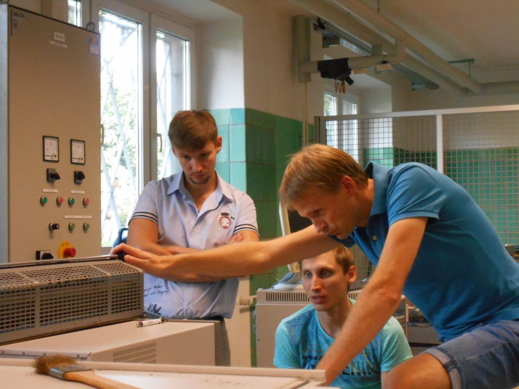 На фото слева на право: Масленников Андрей, Дунев Алексей, Mario Stamann (OvGU)