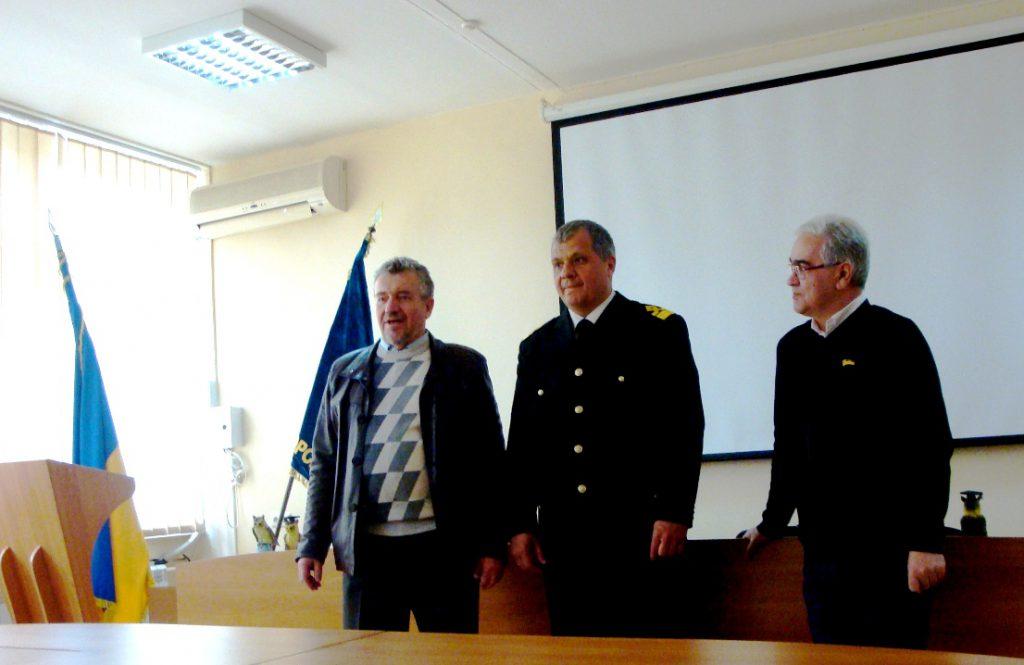 Поздравление студентам-победителям и благодарность организаторам КСНР от делегации НТУ «ХПИ»