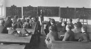 Лекція з прикладної механіки професора П. М. Мухачова