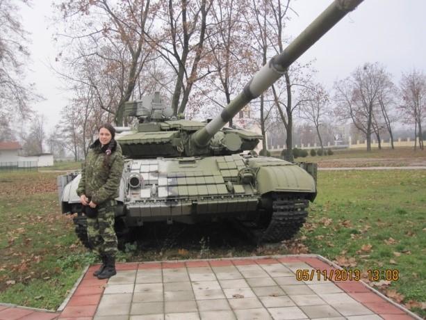 Учебный танк на факультете военной подготовки института танковых войск