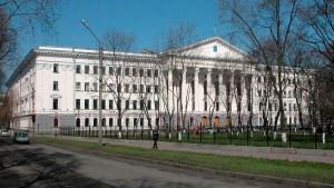 ВУЗы Харькова Железнодорожный институт
