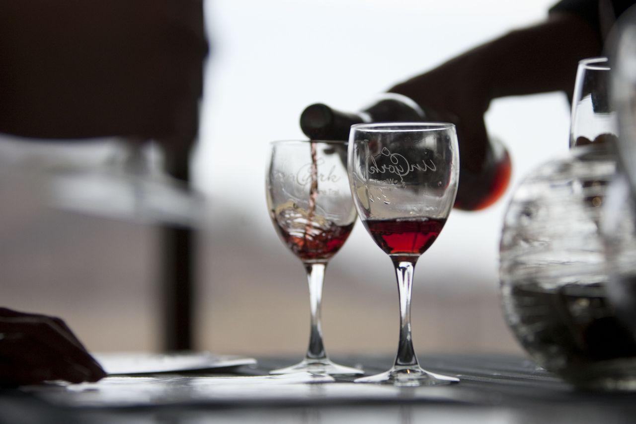Польза красного вина.