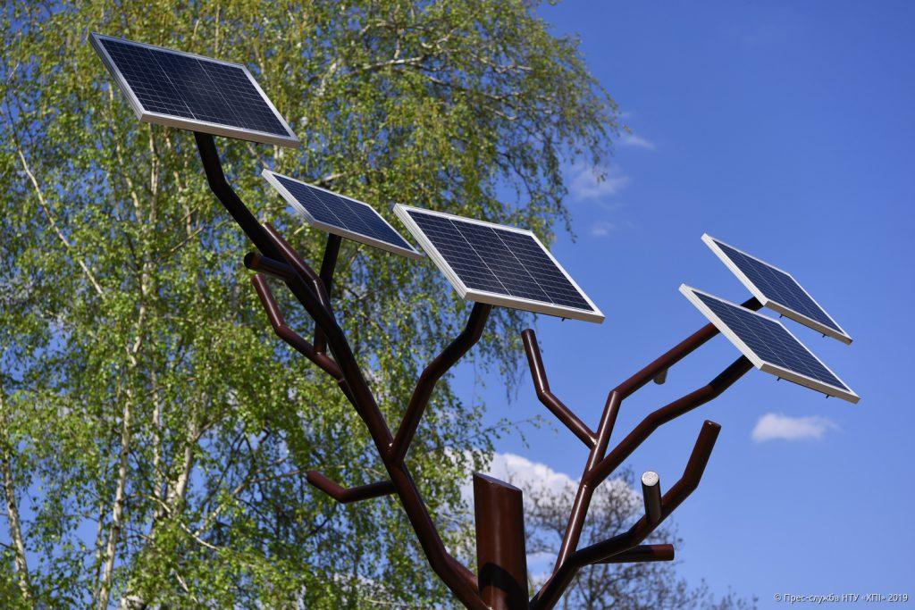 Кафедра — розробник «сонячного дерева»
