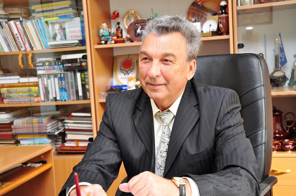 Заведующий кафедрой профессор Любиев Альберт Игнатьевич