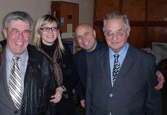 Встреча Новгородцева В. А. (первый слева) с сотрудниками кафедры в 2005 г.
