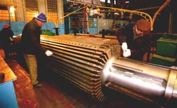 Процес складання ротора крупного турбогенератора