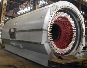 Статор крупного турбогенератора